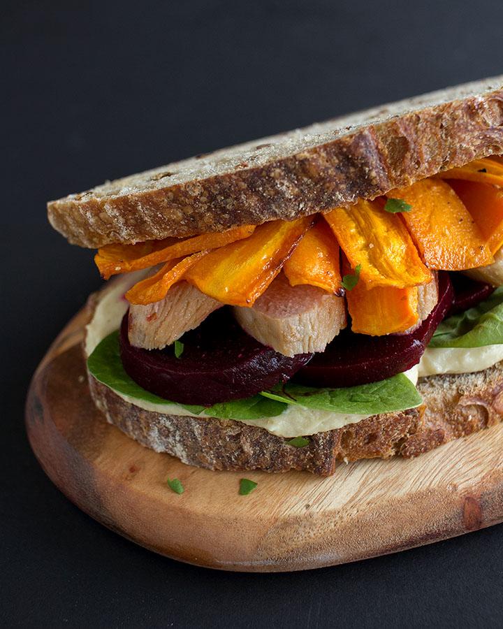 Sandwich de pollo extra jugoso y saludable