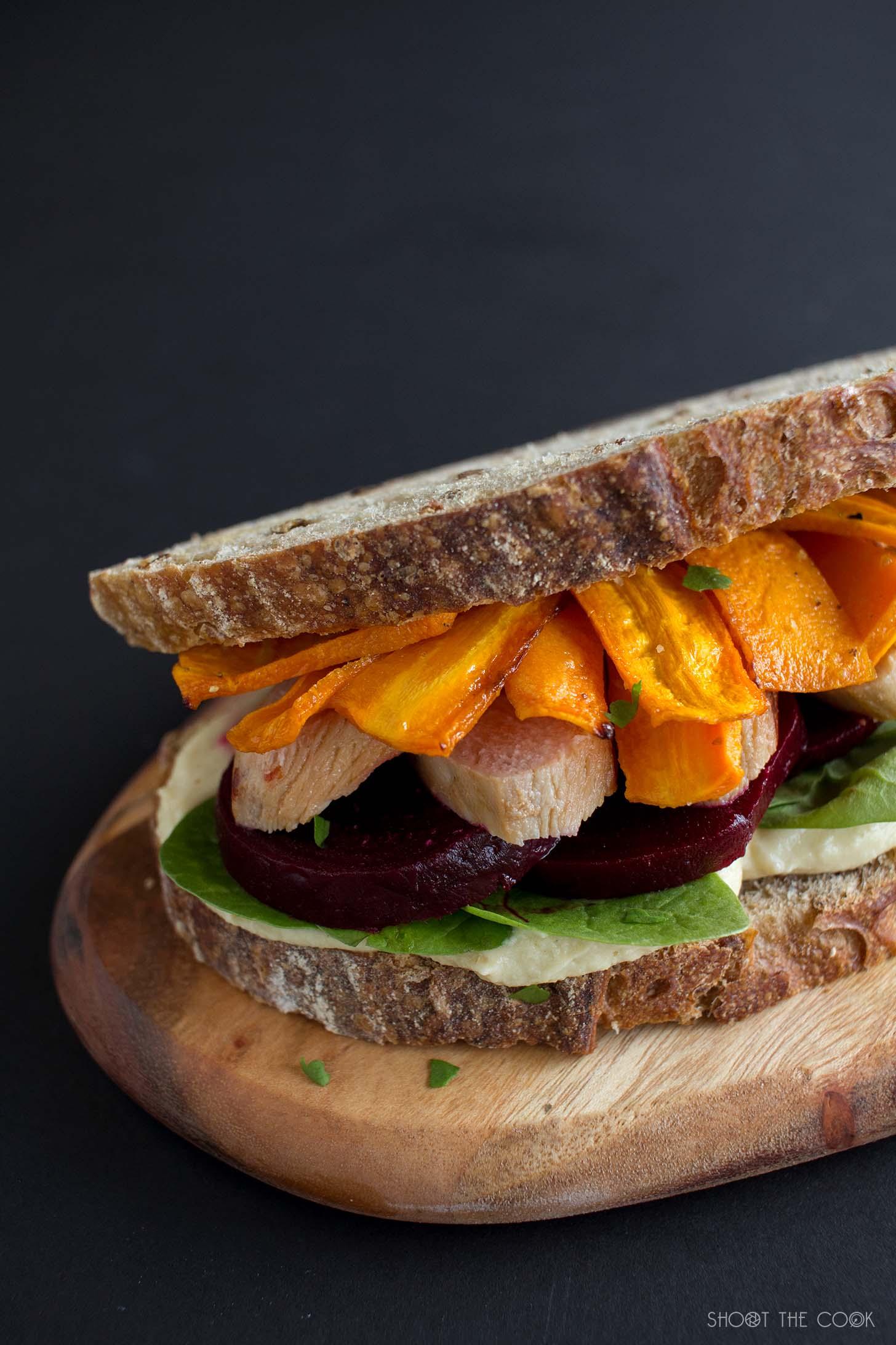 Sandwich de pollo extra jugoso